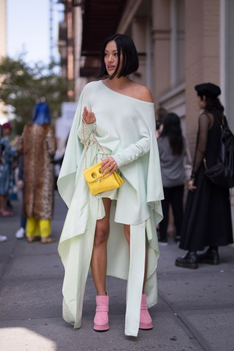 Ways To Wear Pastels This Fall | Pastel Party