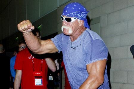 Hulk Hogan calls publicity stunt on
