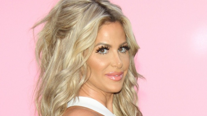 Kim Zolciak's 'single mama' pic highlights