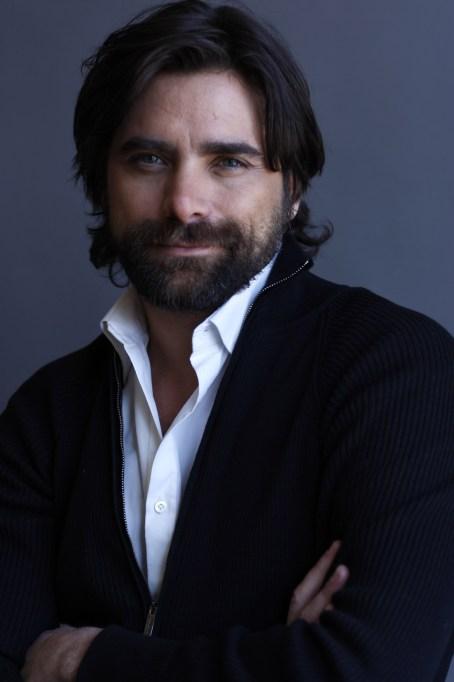 The best of John Stamos' hair: John Stamos in 2008