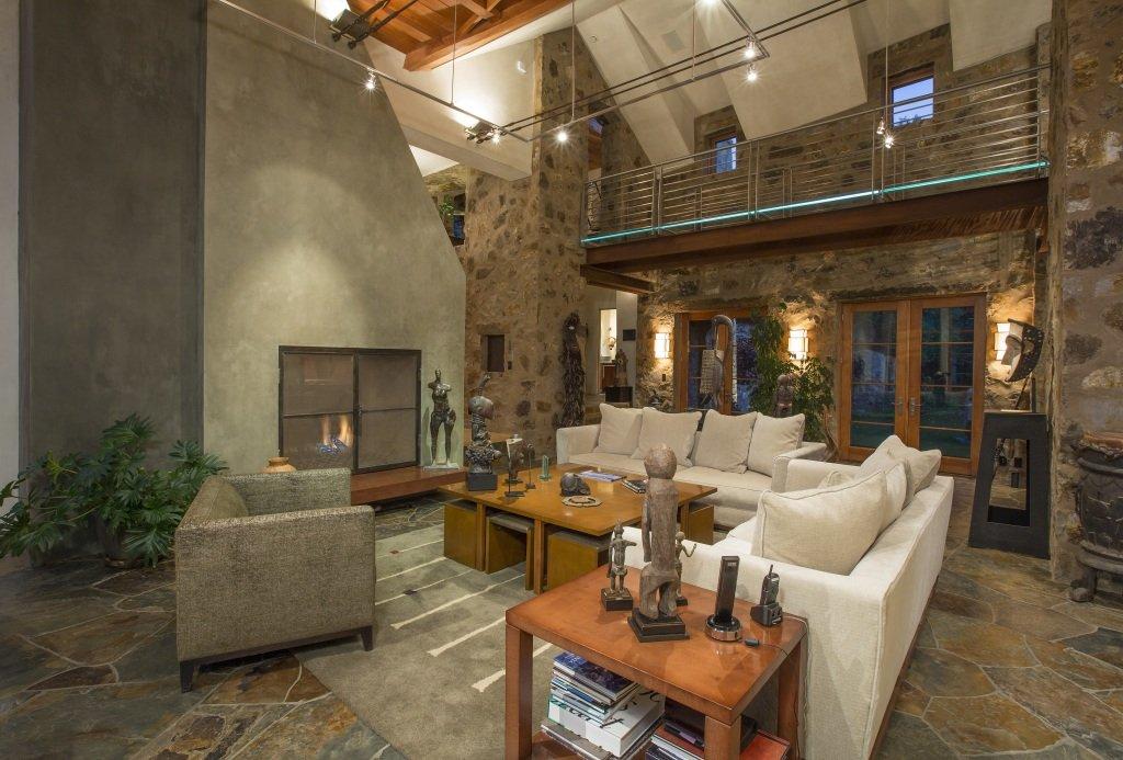 Terrific A Look Inside All 6 Of Oprahs Homes Yes 6 Sheknows Interior Design Ideas Oteneahmetsinanyavuzinfo