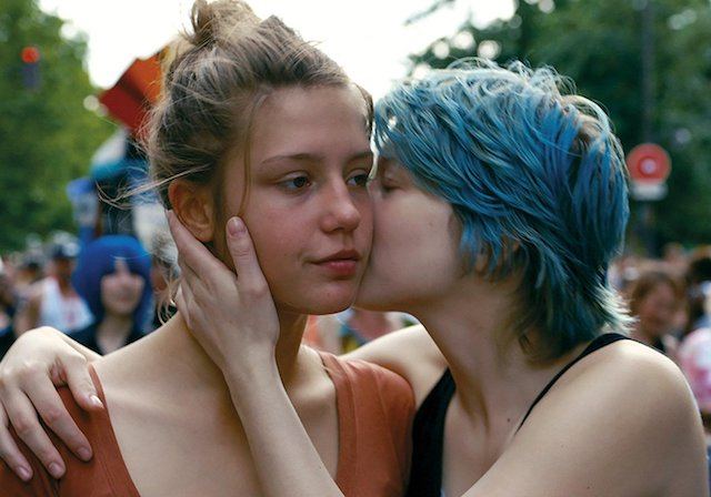 Still of Adele Exarchopoulos and Lea Seydoux in 'Blue is the Warmest Color'