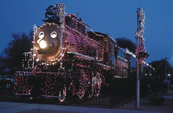 Holiday Lights at McCormick-Stillman Railroad Park