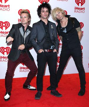 Green Day talks smack and trashes