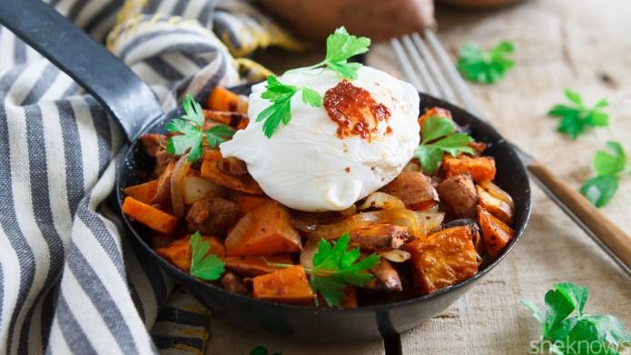 Harissa sweet potato hash — the