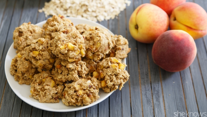 Peach-oatmeal cookies: A smart way to