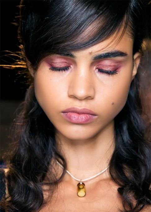 30 Summer Makeup Ideas: Pink Smokey Eye + Lips