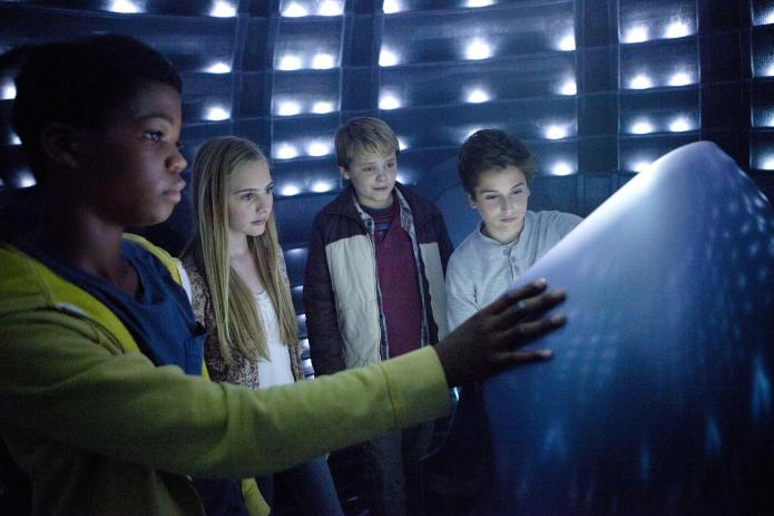 EXCLUSIVE VIDEO: Earth to Echo takes