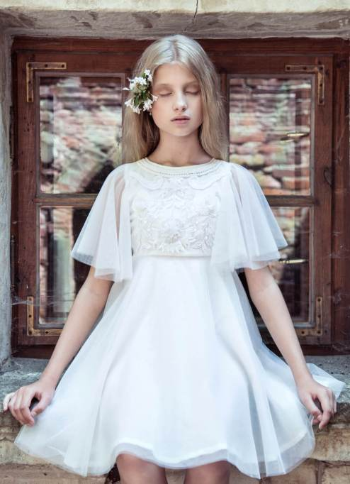 The Cutest Flower Girl Frocks | Angelic and Old-Fashioned