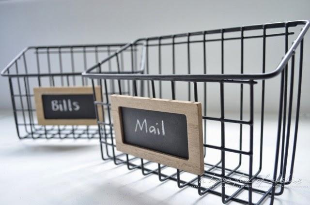 wire mailbox