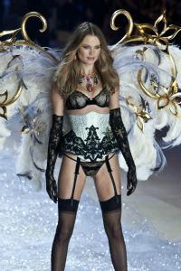 PHOTOS: Do Victoria's Secret models have