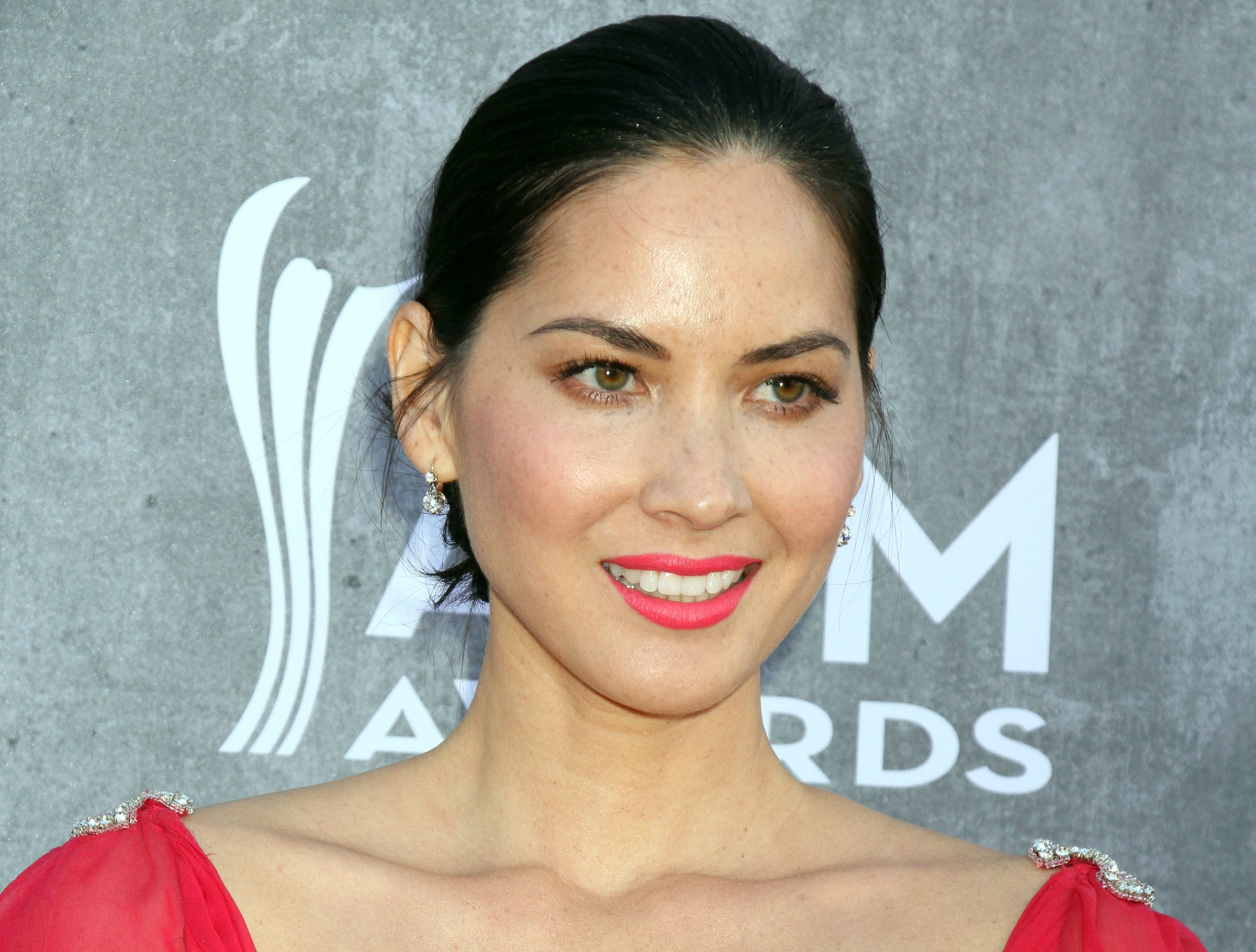 Olivia Munn and Joel Kinnaman end relationship of two years
