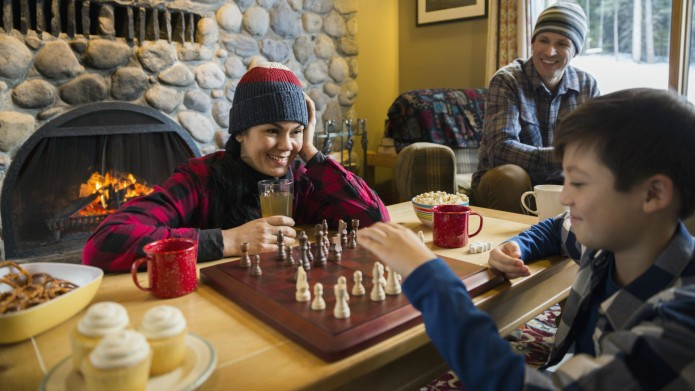 14 Thanksgiving Games to Play With