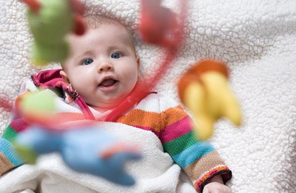 10 Playtime activities with an infant