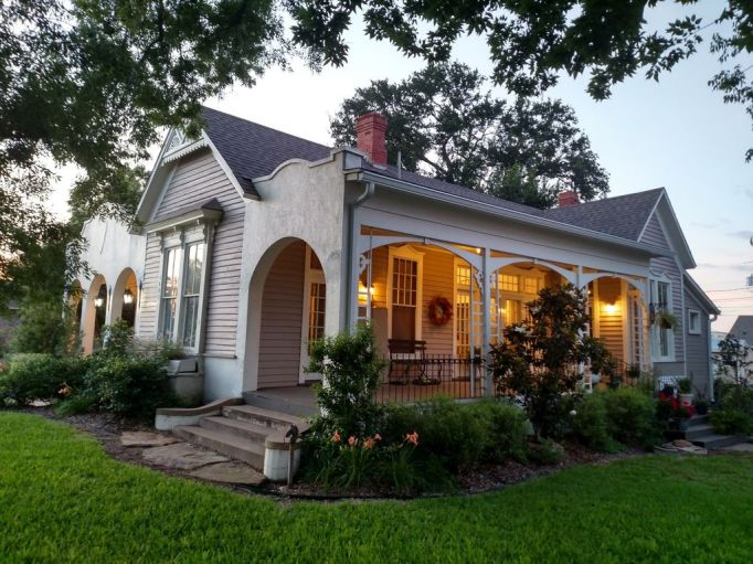 Fixer Upper Houses for Rent: The Mailander House sleeps four