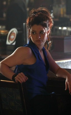 Once Upon a Time season 2 episode 19 - Emilie de Ravin as Lacey