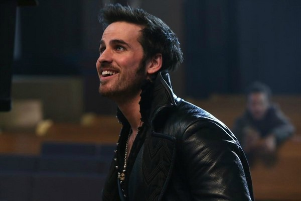 Once Upon a Time Season 3 winter finale - Is Hook the new hero?