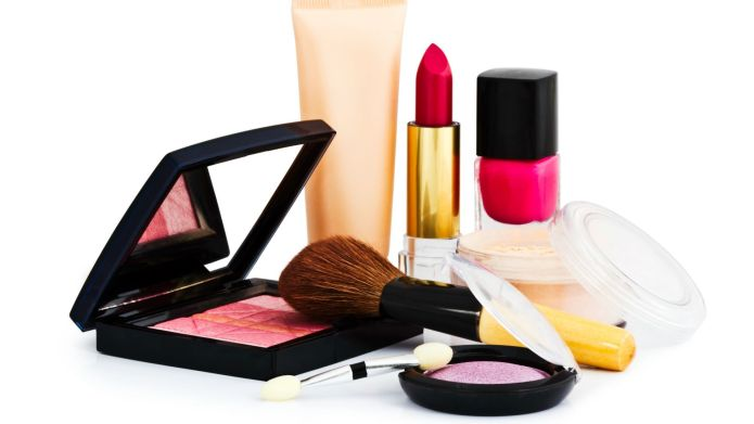 5 Inexpensive makeup products you'll want