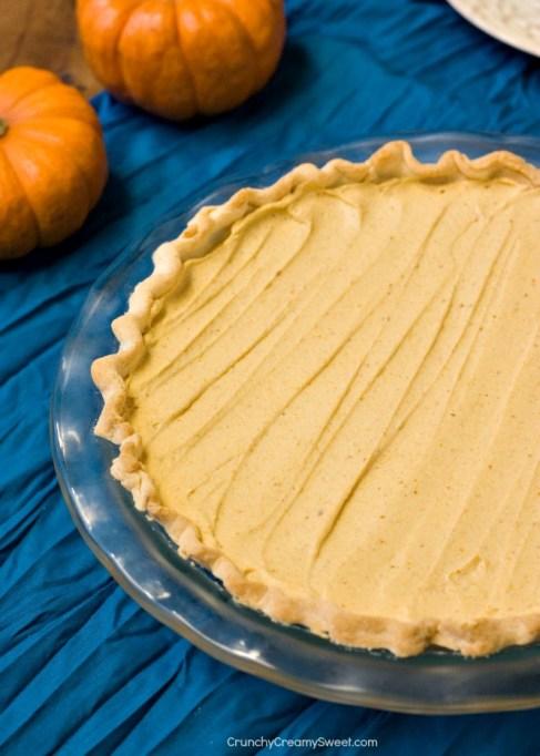 Easy No-Bake Thanksgiving Desserts: Pumpkin Mousse Pie
