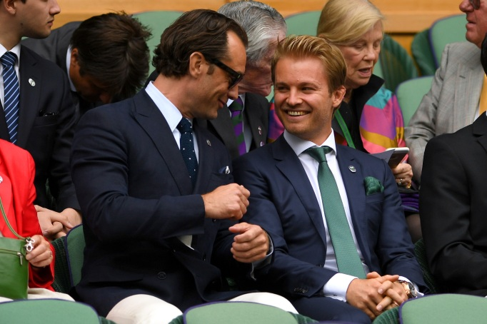 Check out these celebrities at the 2017 Wimbledon tournament: Jude Law & Nico Rosberg
