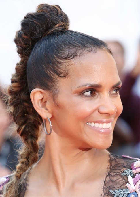 Best Celebrity Braids: Halle Berry | Celeb Hair Inspo 2017
