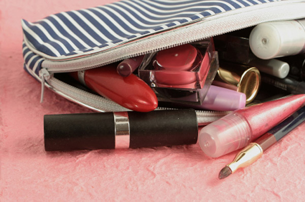 Cleaning out your makeup - organizing