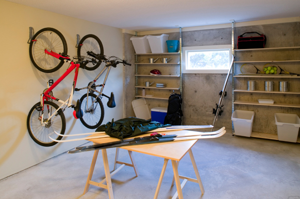 5 Steps To Organizing The Garage