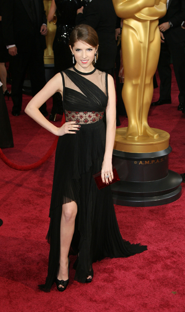 Anna Kendrick in J Mendel at the 2014 Oscars