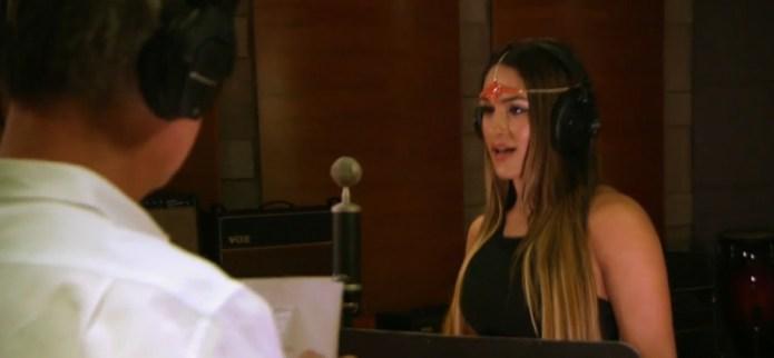 Total Divas' Bella Twins criticized for