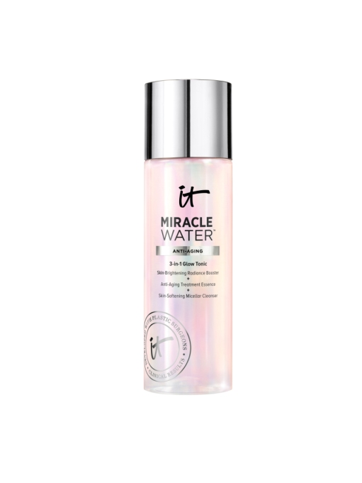 Some micellar water to put these tricks to the test | IT Cosmetics Miracle Water 3 In 1 Glow Tonic