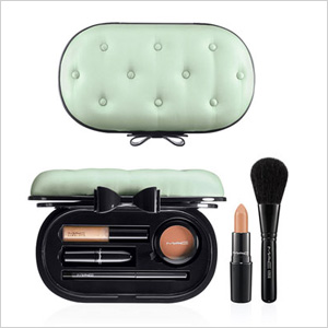 M·A·C 'Sinfully Chic' Face Kit