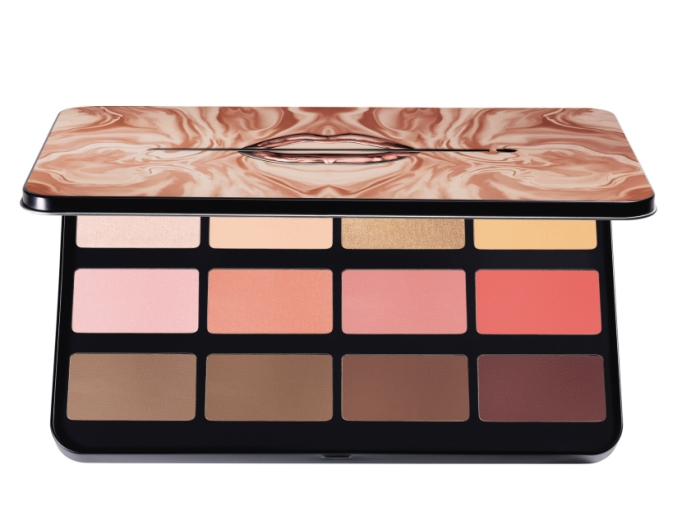 Beauty Products That Will Sell Out Fast This Holiday Season | Make Up For Ever Lustrous Blush Palette