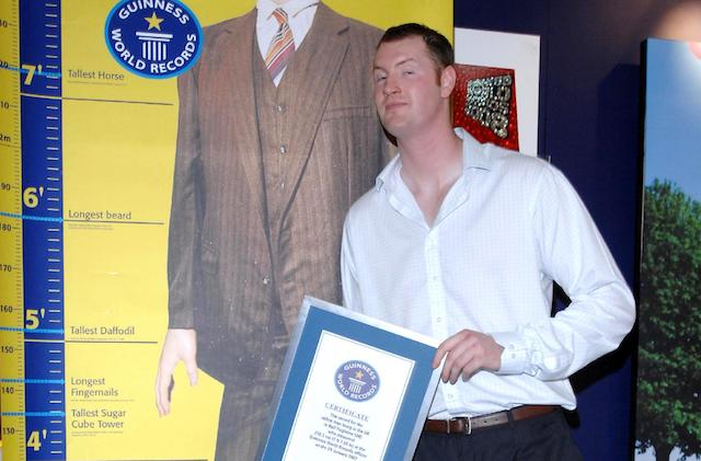 These celebrities died in 2017: 'Game of Thrones' actor Neil Fingleton