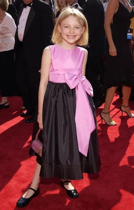 Dakota Fanning pink dress