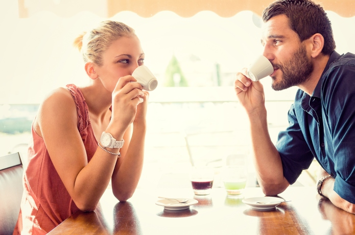 11 First date questions that separate