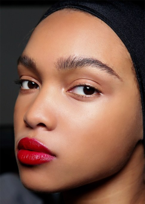30 Summer Makeup Ideas: Brushed Up Brows