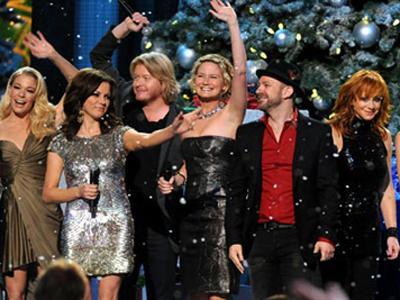 CMA Country Christmas highlights