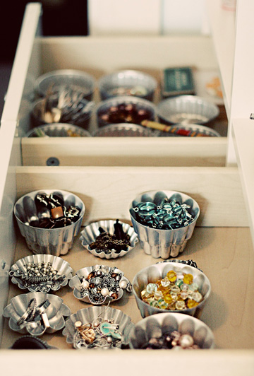 Use vintage baking molds to organize your baubles in a drawer.
