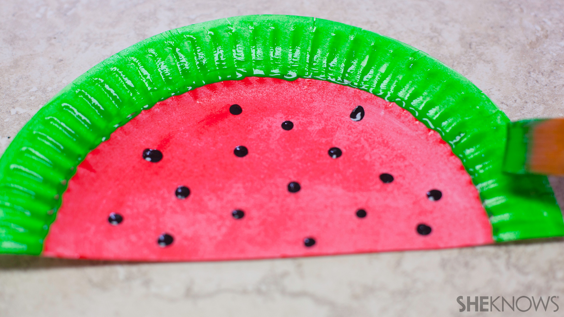 Paper plate fans | Sheknows.com - Watermelon: Step 3