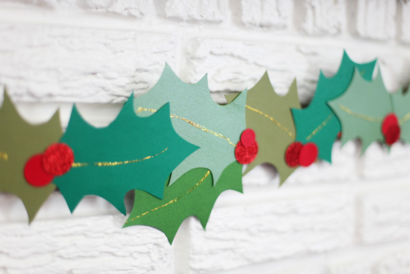 Deck Your Halls With These 14 Diy Holiday Garlands Sheknows