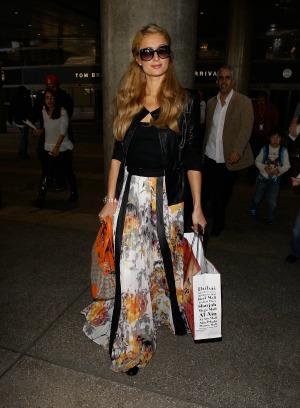 Paris Hilton subject of a disrespectful Twitter hoax