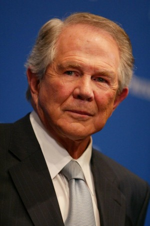 Pat Robertson wants vomit button on Facebook for gays