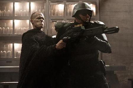 Paul Bettany does battle in Priest