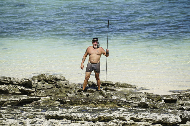 Paul Wachter with fishing speak on Survivor: Millennials Vs. Gen-X