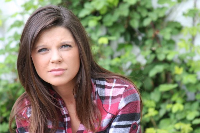 Amy Duggar gets sexual with her