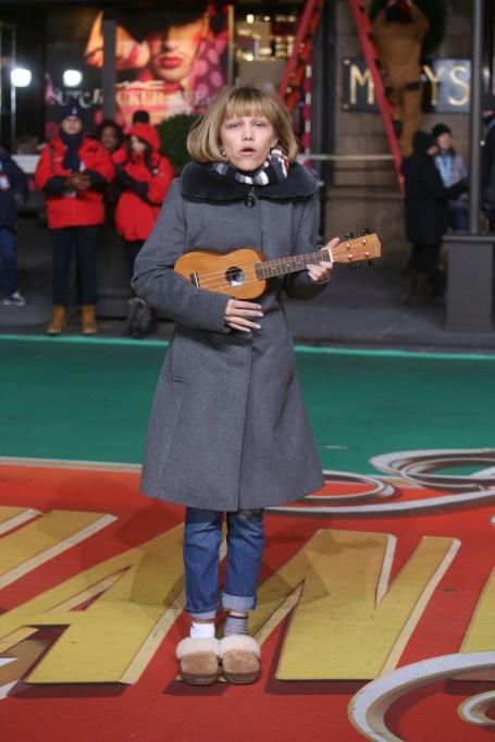 Macy's Thanksgiving Day Parade: Grace VanderWaal