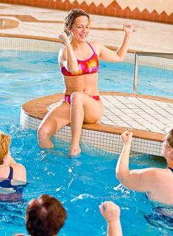 Swimming and weight loss: How many