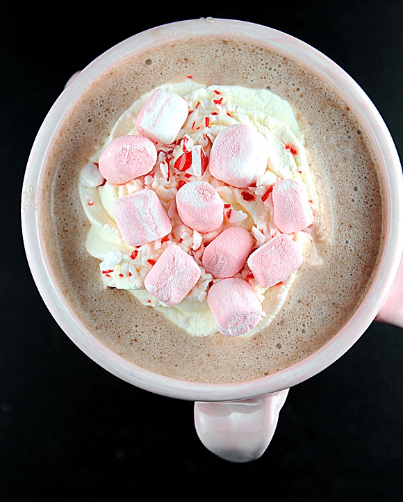 peppermint boozy slow cooker hot chocolate