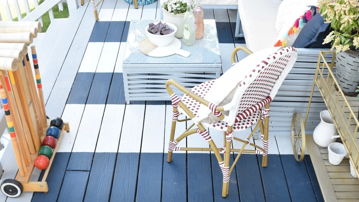 The Best Summer Diy Trend Is To Paint Your Own Rug Sheknows