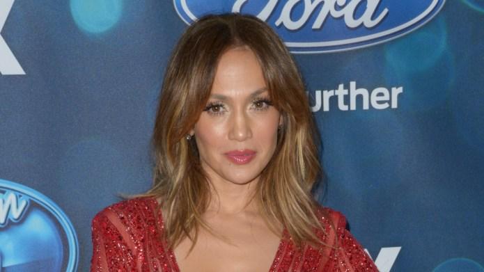 Jennifer Lopez gets choked up after